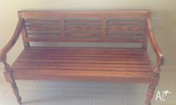 Timber day bed in very good condition