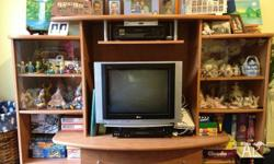Timber entertainment unit in great condition doesnt