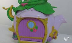 TINKERBELL AND FRIENDS PLAY SET