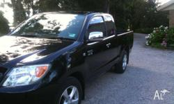 2005 Toyota Hilux SR5 Car is in excellent condition..