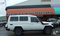 TOYOTA,LANDCRUISER,HZJ78R,2000, 4WD, White, Gray trim,