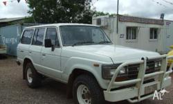TOYOTA,LANDCRUISER,1988, 4WD, White, Gray trim, 4D