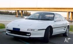 UNIQUE car: Toyota MR2 convertible with Targa top