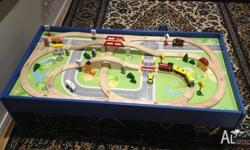 Train set and table for sale, still in excellent