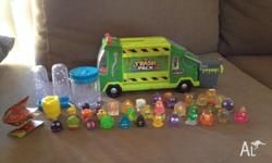 Trash pack garbage truck in excellent condition. Comes