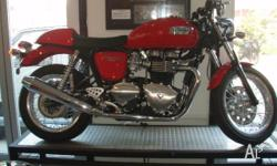 TRIUMPH, THRUXTON 900, 2010, RED, ROAD, 865cc, 5 SPEED