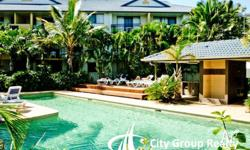 Centrally located at Mermaid Beach, Turtle Beach Resort