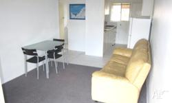 Spacious & breezy 2 bedroom apartment with built in