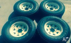 Near new , 95% or more trad on the wheels 4sets of
