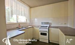 Unit 500m To Beach This neat and tidy 1 bedroom, 1