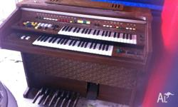 Yamaha Electone organ for sale. All buttons and keys