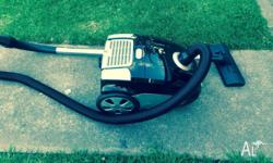 Vacuam cleaner cleanstar 1600 watts has exalent suction