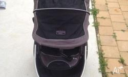 Valco rebel q ex REDUCED...!!!! Great pram suits 2