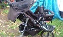 H i have a Valco Runabout Deluxe Jogger pram (3 wheel)