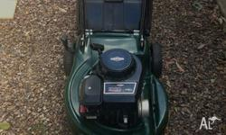 Selling My Victa Lawnkeeper 450 series push mower with