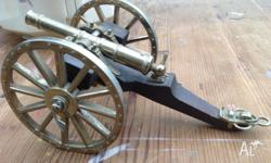 Vintage Brass & Timber Model Desk Top Cannon Please