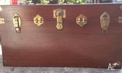 vintage Camphor wood chest / box/storage box/coffee