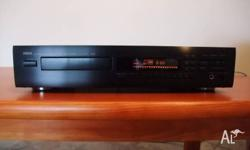 Beautiful black Yamaha CDX-550 Natural Sound Compact