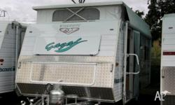 VISCOUNT GAZELLE, 2005, Front kitchen, Side Dinette,