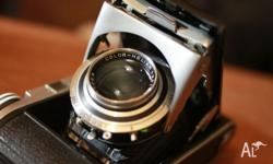 Here comes the famous Voigtlander Bessa II 6*9 medium