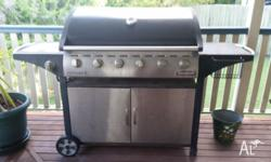 Voyager 6 burner bbq with hood, 2 underneath doors for