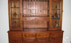 Wall Unit in good condition. Lovely stained glass
