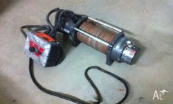 Warn 9,000lbs winch. In good condition. Fully