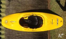 Wave sport ezg 50 white water kayak, great condition
