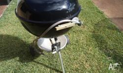 Weber 57cm Kettle BBQ with Weber factory gas kit Good