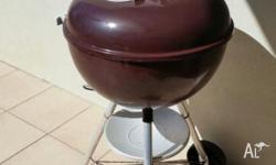 Genuine Weber kettle BBQ 57cm. Never used. Exelent