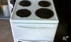Im selling a used Westinghouse Oven in Excellent
