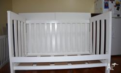 Hi fellows, I have a white baby cot in an excellent