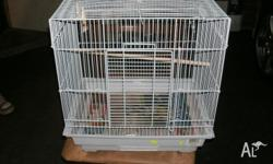 This brd cage is gret for smaller birds eg, budgies.
