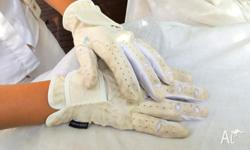 Medium White leather Dressage gloves used cash on pick