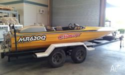 For sale. 19ft Whiteley ski boat. Inboard v8 308 Holden