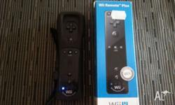 Wii u remote in excellent condition. Hardly used. Comes