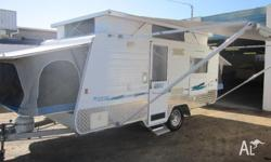 2004 windsor rapid RV 471 outback sleeps 6 big fridge 2