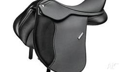 "Wintec pony all purpose 16"" saddle in excellent"