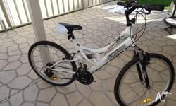 Selling Kent St Series DS 2600 bike, with 18 speed