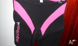 Women's Pink Moomba Ski Shorts Size 10 Never been worn