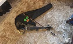 woodstock electric violin with case black and head