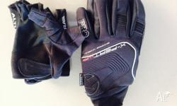 Shimano pro cycle gloves Good condition X-pert WP