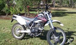 2007 model xr400m in good condition nearly new dirt
