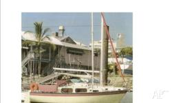 Yacht, Roberts Adventurer 7 -22ft motor/sail boat -
