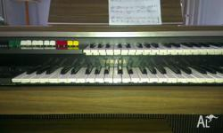 UP FOR SALE A YAMAHA ELECTONE. VERY GOOD CONDITION