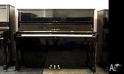 Piano Yamaha U1M model. 121cmH, fully made in Japan. To