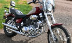 XV1100 Virago 1990, Maroon and silver Comes with
