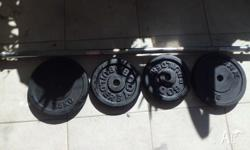 York 33kg Barbell Set In Excellent condition