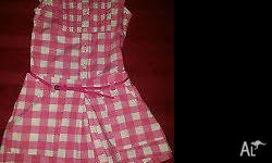 This size 9 - 10 Zara cotton polka dot shorts suit with