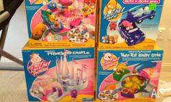 Zhu Zhu pets and sets 1. Princess castle (box) 2. Glitz